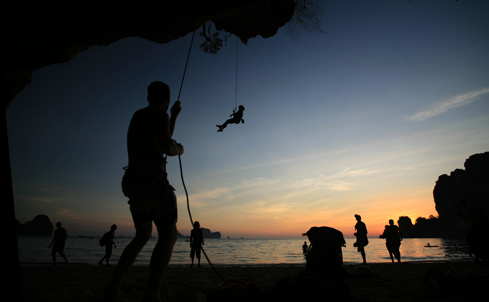 Krabi, Climbing at Sundown